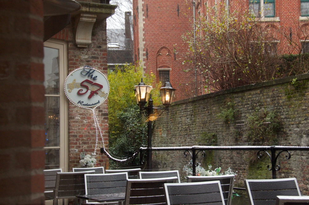 Outside patio and sign of the restaurant.